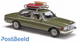MB W123 Limo with Sledge and Bobsled